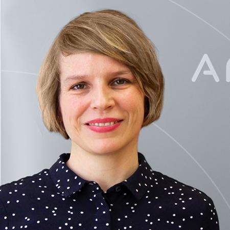 Portraitfoto von Eva Wopmann